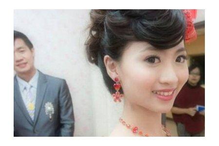 新娘秘書/舞台表演彩妝造型/自助婚紗