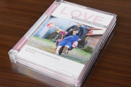 婚禮成品(寫真書與光碟封面設計)