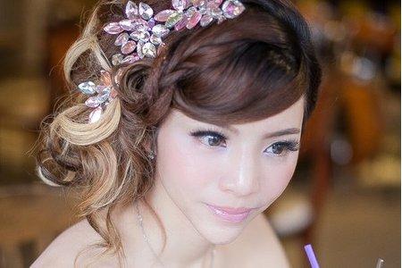 【俏麗時尚日系妝容】側捲俏麗/時尚清透/新娘秘書/新娘造型