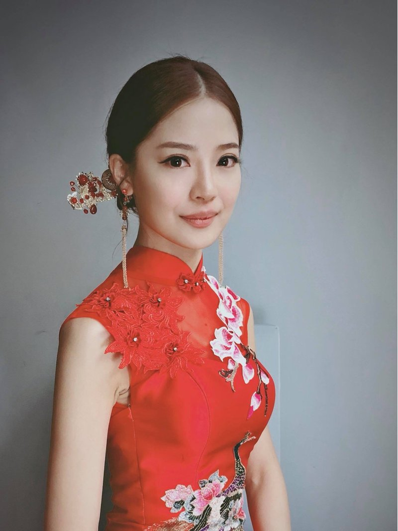 吉吉藝術 Gigi Chiu(新秘教學)