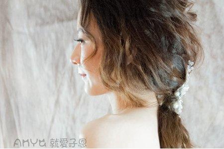 就愛子恩。妝髮造型(紅色系列