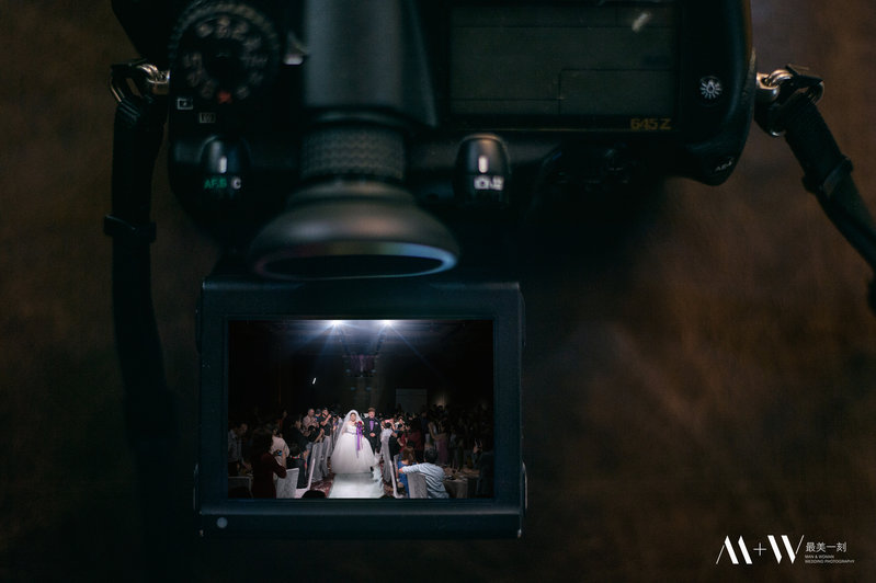水中婚紗在最美一刻作品