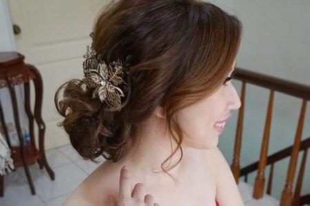 新娘秘書 苗栗 文定喜宴 梳妝完的那刻覺得超美