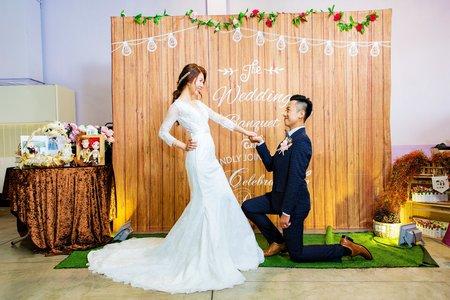 高雄婚攝 |用照片回味當天的歡笑| 鼎富婚宴會館 | 文定午宴
