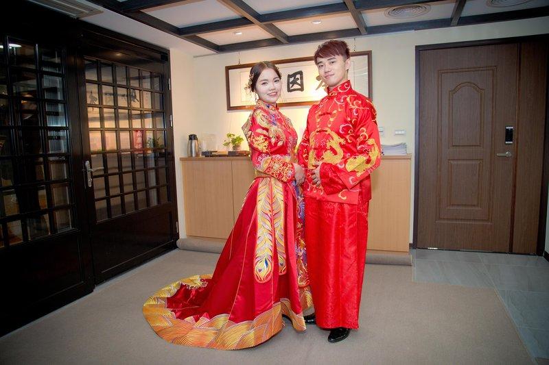 平日婚禮❤️現省4000元❤️平面拍照作品