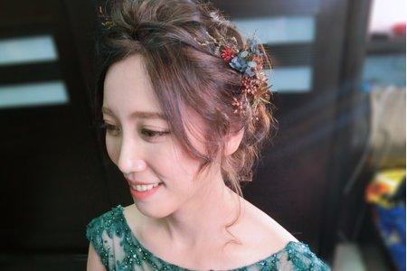 乾燥花浪漫盤髮-柔美的氛圍