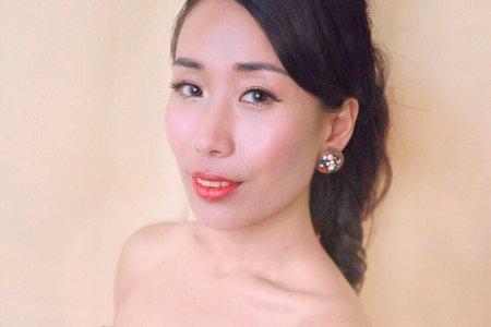 黑髮造型(紅色晚禮服)