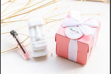 Pink粉紅盒裝 摩艾擴香石+附精油