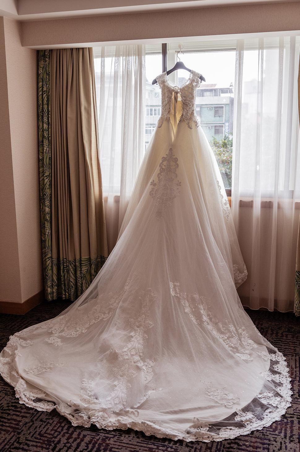 001 - 婚攝阿峰-采舍影像《結婚吧》