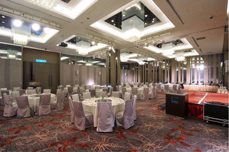 Ballroom I+II  Gathering 03