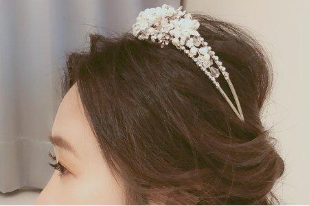 Lunina妝髮