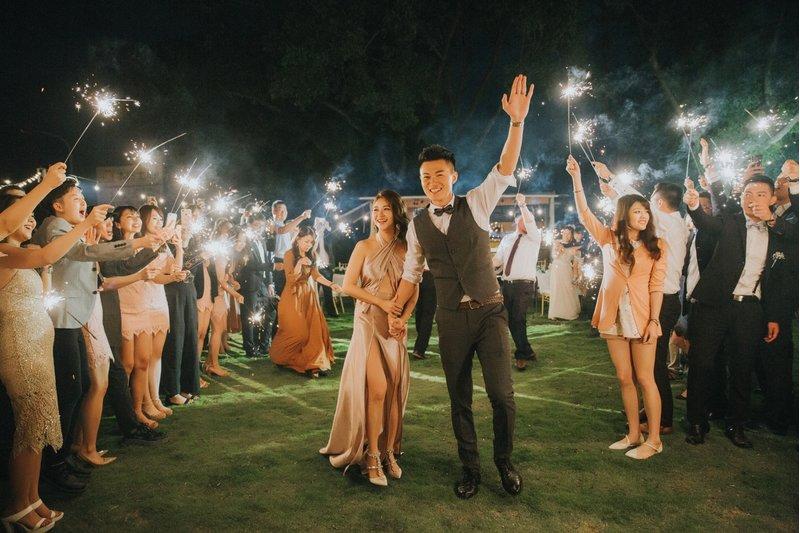 戶外婚禮、晚宴、煙火、證婚、婚宴場地、婚宴會館