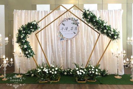 婚禮佈置浪漫星空燈布幔-五角拱門花~....in安平-玄饌餐廳