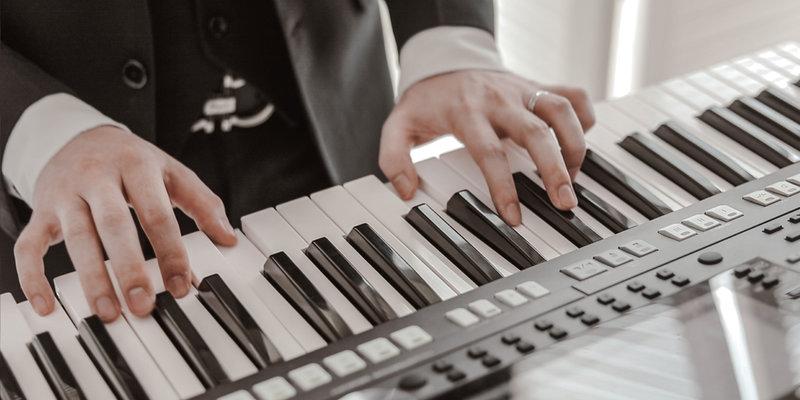 純演奏樂團2-4人組作品